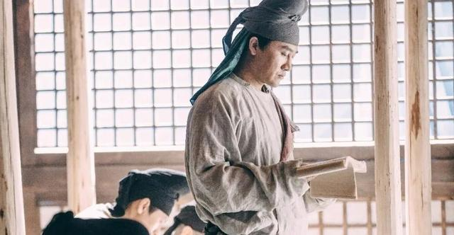 一说到唐朝,大家都能想得李白,那李白凭什么是唐朝文化的象征呢?