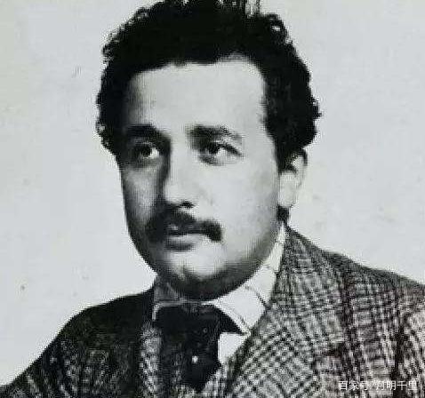 爱因斯坦是哪国人?爱因斯坦的主要成就