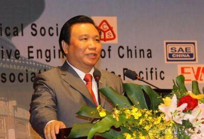 捐了7000万给美国的中国富豪破产了 你还记得他吗?