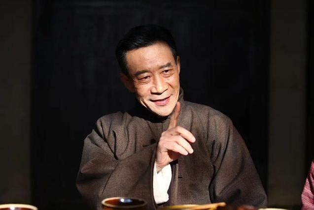 李雪健抗癌18年演戏不停歇,被称抗癌战士!
