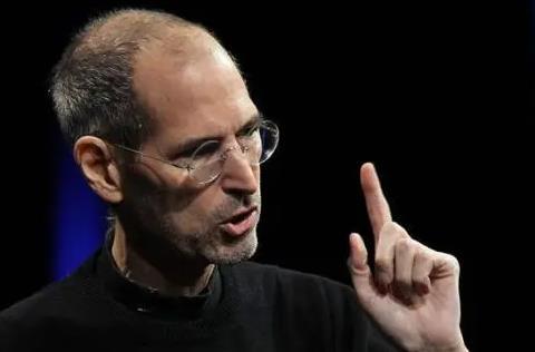 库克任期仅剩一年,苹果下一任接班人会是谁?