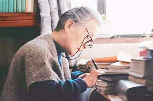 钱钟书的夫人、著名作家杨绛先生迎来104岁生日(虚岁105岁)