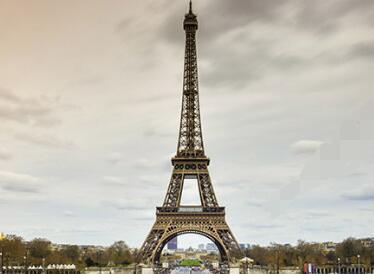 埃菲尔铁塔有多高多少米?有多重?求告知
