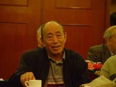 焦菊隐:中国著名导演艺术家、戏剧理论家、翻译家